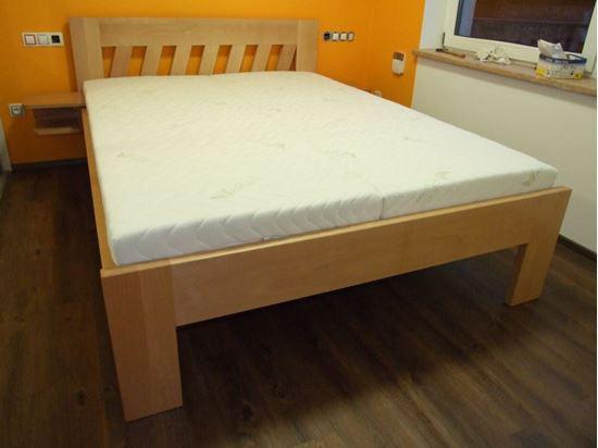 AMANDA Dřevěná postel z masivu, bez úložného prostoru