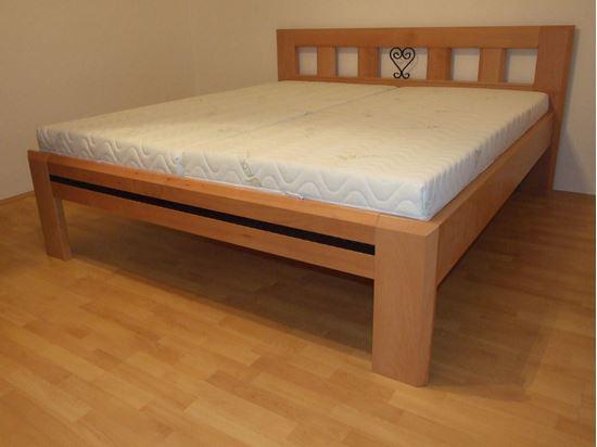 IRENA I Dřevěná postel z masivu, bez úložného prostoru 2