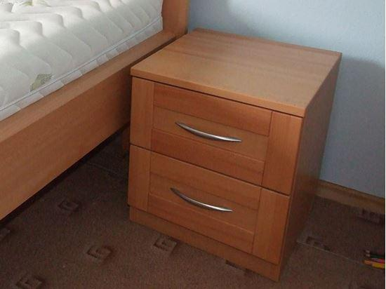 Noční stolek 5