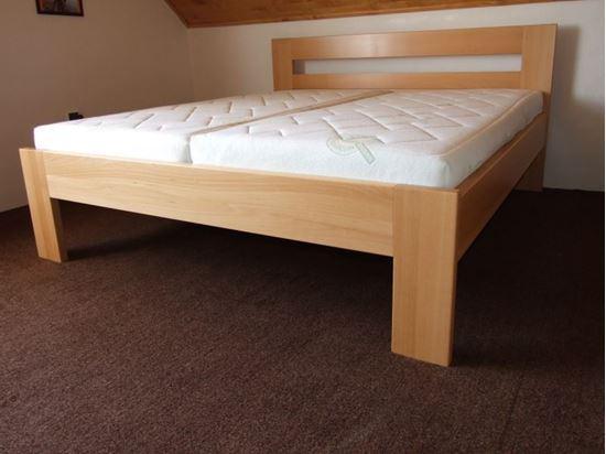 VANDA Dřevěná postel z masivu, bez úložného prostoru
